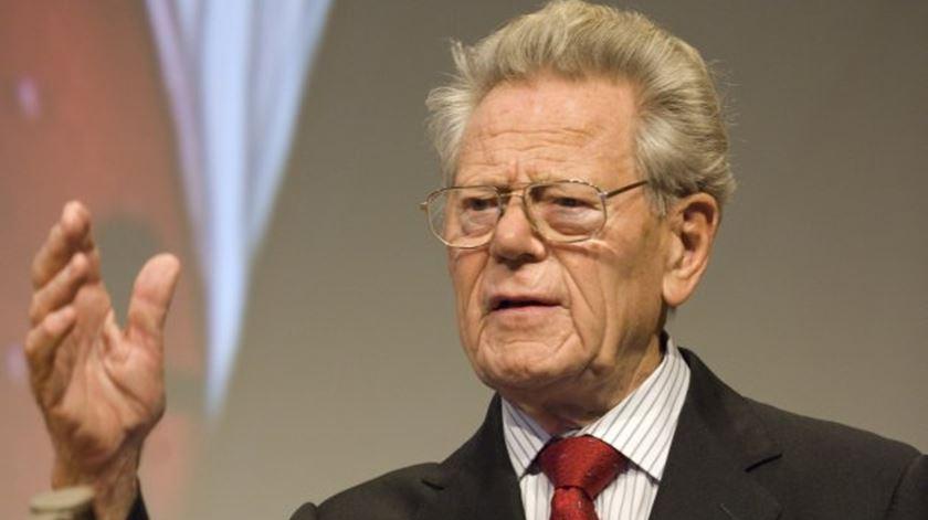 Morre, aos 93 anos, o Teólogo Suíço Hans Küng